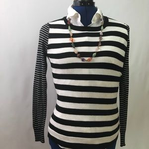 Banana Republic striped crew neck sweater size XS
